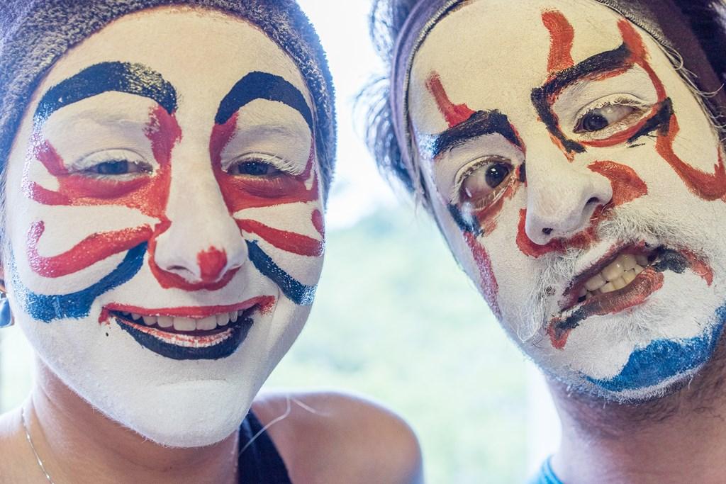 山五十川歌舞伎-隈取体験-外国人