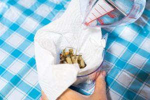 シナの花石鹸-体験の様子